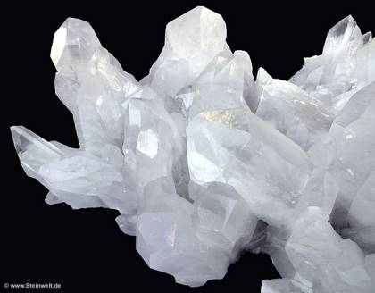 crystal quartz cluster rocks