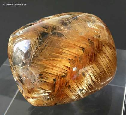 rutilated star quartz